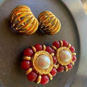 🔥 3/$25 Sale Vintage Clip On Earrings